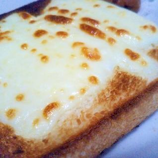 はちみつチーズトースト