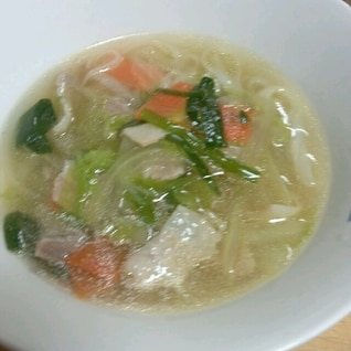 野菜たっぷり我が家のフォー(´Д`)