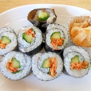 ★鮭フレークときゅうりの海苔巻き★
