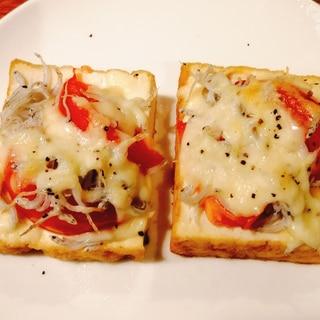 厚揚げで!じゃことトマトチーズ焼き