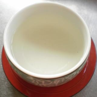 月桂樹から香り漂うローリエ茶へ