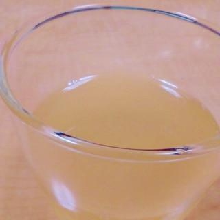 りんごジュースで♪りんごゼリー