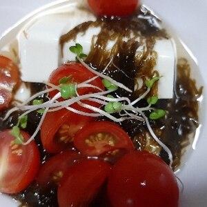 ヘルシー豆腐のもずくサラダ