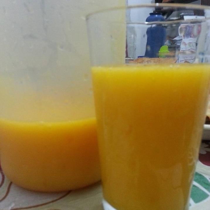 砂糖なし!手作りマンゴージュース