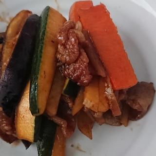 ニンニク醤油で豚肉ズッキーニ簡単炒め