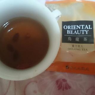 より美的な東方美人茶