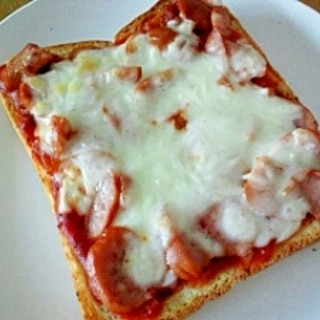 ピザソースでトースト