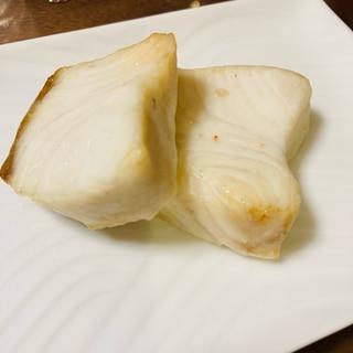 トースターで簡単♡カンパチの塩焼き