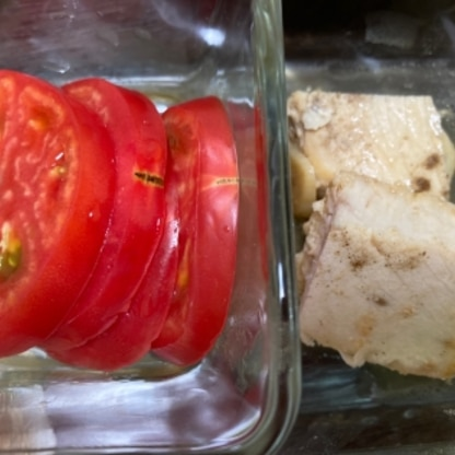 なんだかトマトがメインになっていますが(笑)、とても美味しかったです!