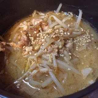極ウマ★豚もやしスープ!麺を入れると豚骨ラーメン風