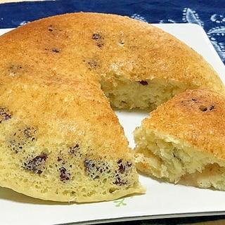 バナナとクランベリーとヨーグルトの炊飯器ケーキ