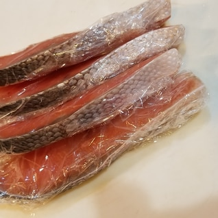 鮭の切り身の冷凍保存