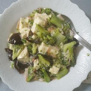 カニかまとブロッコリーのとろとろ豆腐あんかけ♪