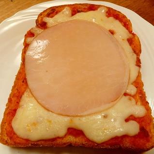 ベーコンなくても大丈夫 ピザトースト
