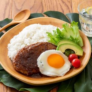 おうちでカフェ飯♪宮崎牛ハンバーグの簡単ロコモコ丼