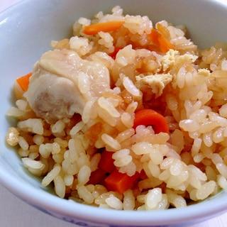 昆布つゆで簡単☆鶏肉と油揚げの炊き込みご飯