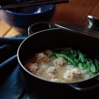 [ル・クルーゼ公式] 小松菜と豚肉だんごのみぞれ鍋