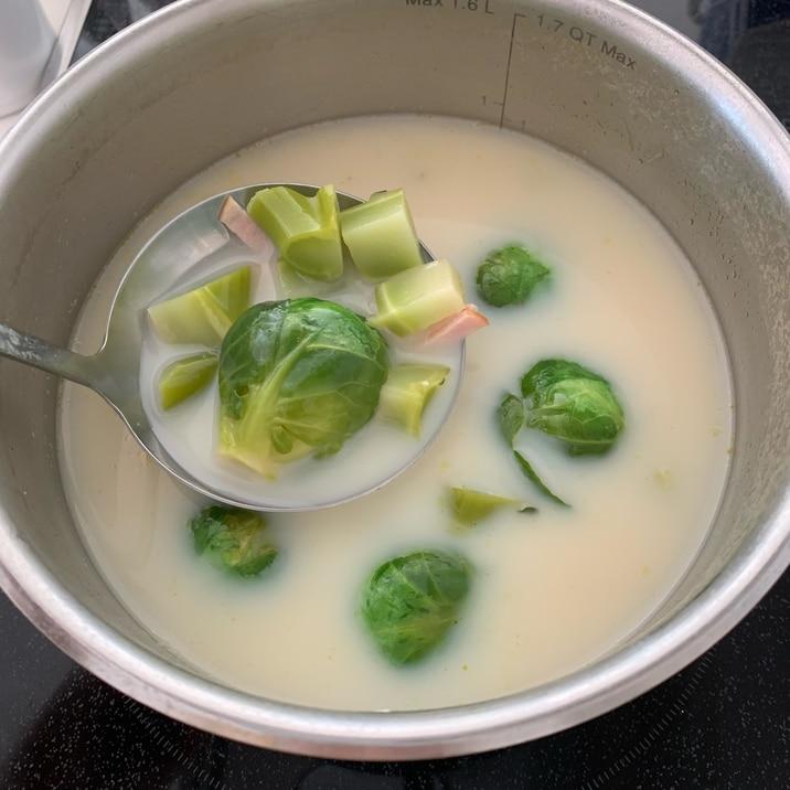 【ダイエット】芽キャベツとブロッコリー豆乳スープ