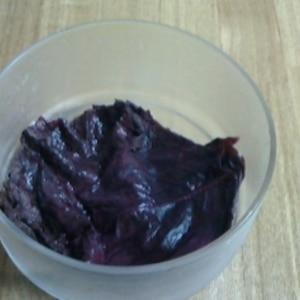 赤紫蘇の塩漬け、作って置くと何かと便利