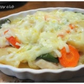 残り物野菜と鶏むねでグラタン風チーズ焼き♪