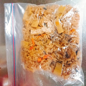 炊き込みご飯の冷凍保存には炊きたてを!