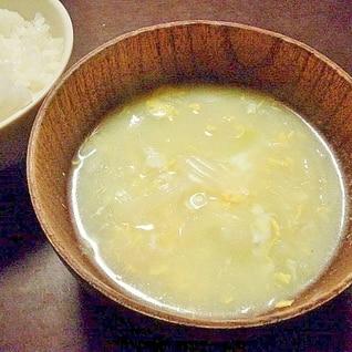 香味ペーストで新玉ねぎと卵の中華スープ