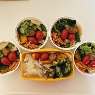 週末の作り置き。弁当や、カット野菜。