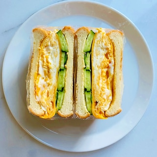主夫がつくる玉子焼きのサンドイッチ