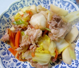 豚肉とかぶとにんじんの白菜ねぎ中華炒め
