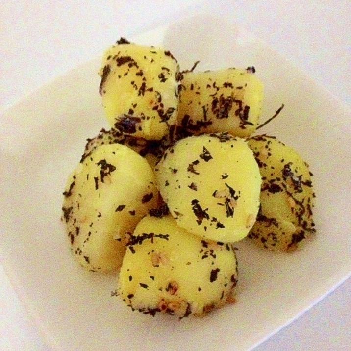 粉ふき芋のゆかり和え