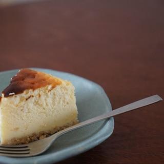 シンプルだけど美味!濃厚チーズケーキ
