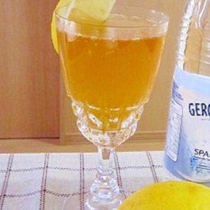 天然炭酸水で作る☆はちみつレモンソーダ♪