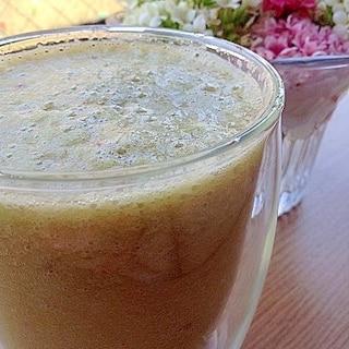 紫外線予防に、小松菜のミックス野菜ジュース