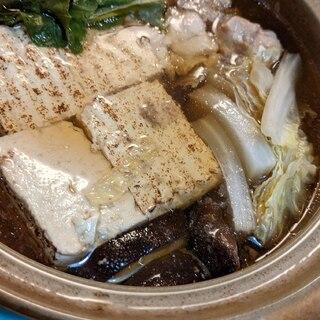 鶏肉と焼豆腐のカンタン鍋