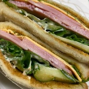簡単☆定番 ハムチーズのサンドイッチ♪