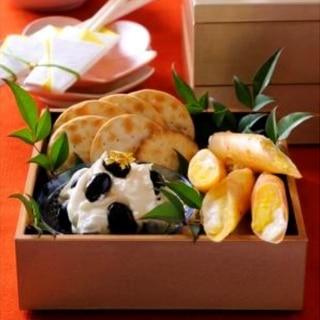 黒豆チーズのカナッペ&栗きんとんの春巻き