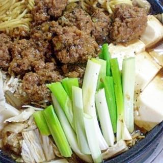 肉団子がメインの こってり坦々中華鍋