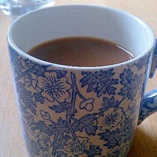 ゆっくり入れるシナモン&カルダモンコーヒー。