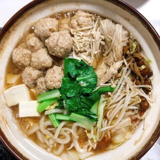 ふわふわ豆腐入り肉団子の和風しょうゆ鍋