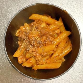 ワンパン♡粗挽き肉とマイタケの煮込みパスタ