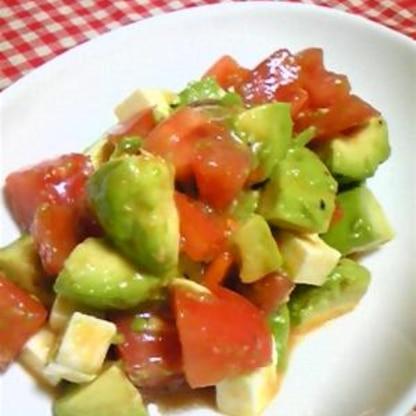 アボカドとトマトのサラダ☆簡単