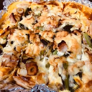 エビとベーコンと小松菜のキッシュ風玉子ピザパイ