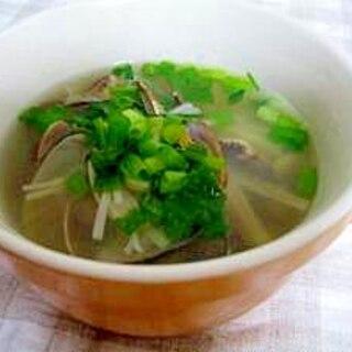 簡単おいしい。あさりとニンニクのスープ