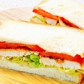 ♪マカジとトマトのサンドイッチ♪