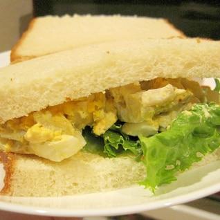 れんこんとゆで卵のサラダサンドイッチ
