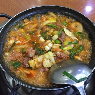 美味い!辛い!韓国風 辛タコ鍋!