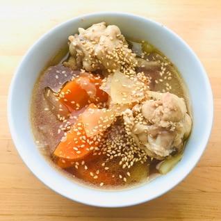 野菜スープ★バレンタインに具沢山手羽元のスープ