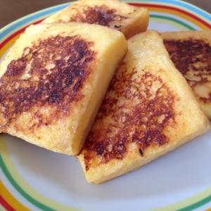 卵・牛乳・砂糖だけで完成!基本のフレンチトースト♪