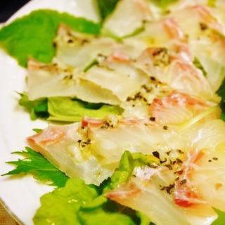 真鯛のカルパッチョ★ガーリック&バジルのソースで♪