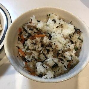 家の人気NO1★ひじき飯